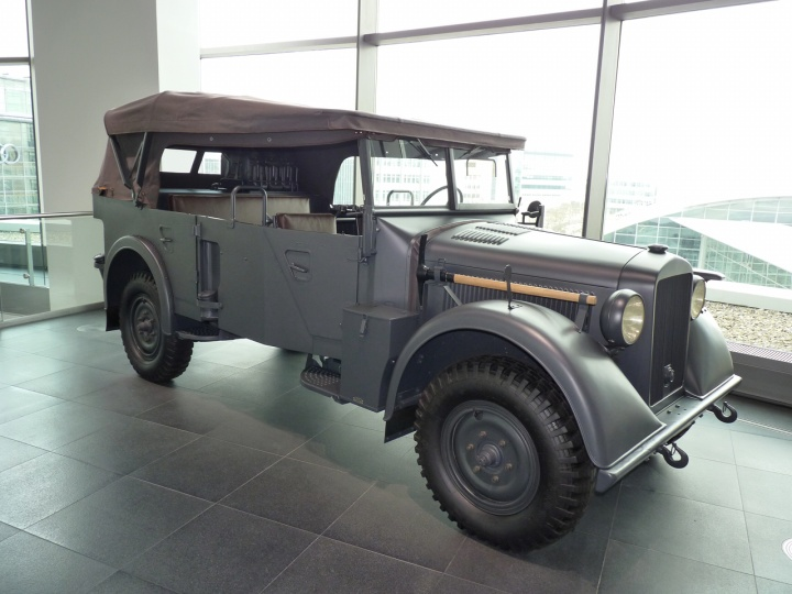 1941 - Horch 901 Typ40
