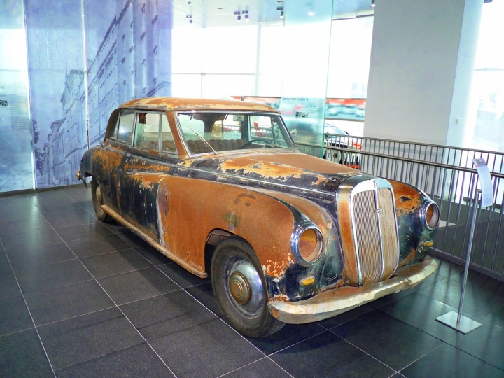 1953 - Horch 830BL
