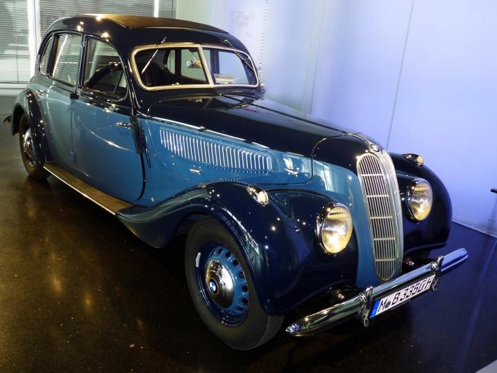 1939-BMW_335