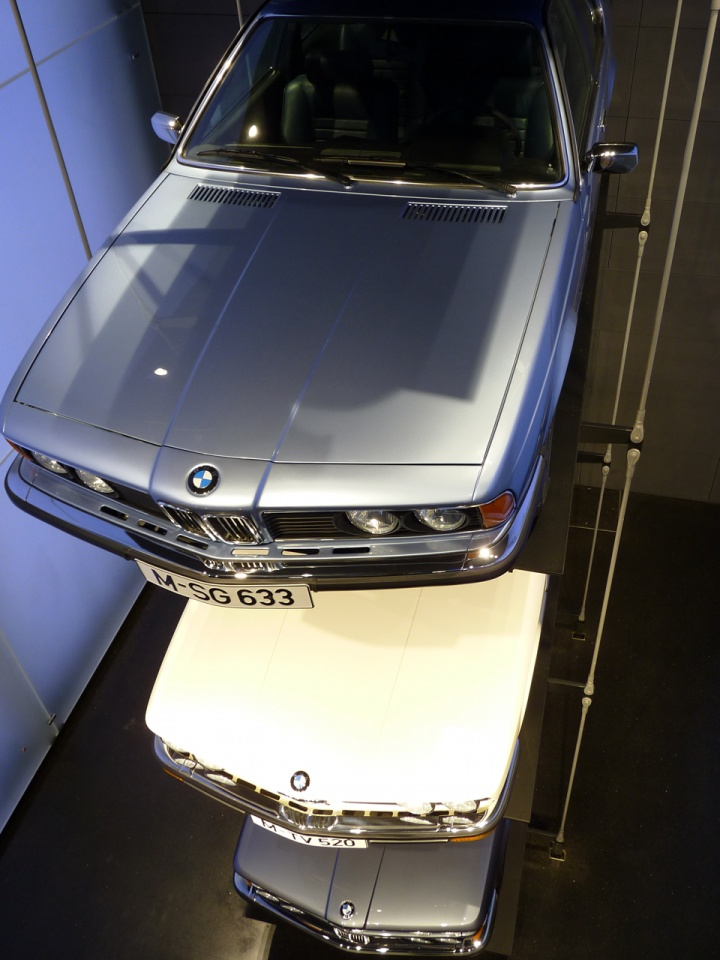 BMW_stand_01