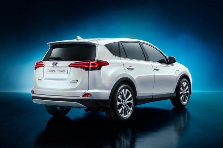 Toyota_RAV4_Hybrid_2