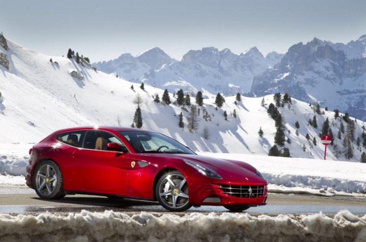 Ferrari_FF
