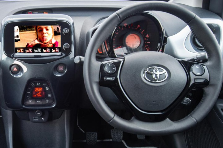 Toyota_Aygo_Selfie