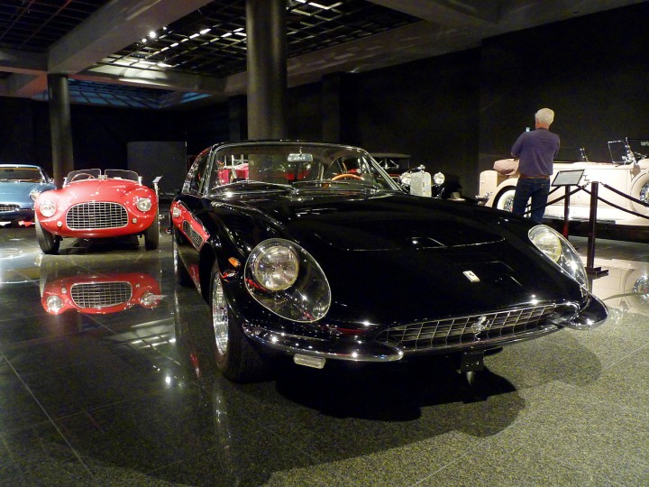 1967_Ferrari_330GTC