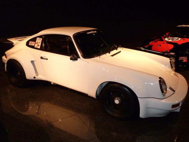Porsche_Carrera911