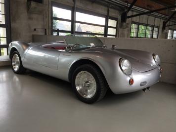 Porsche Spyder 550 (реплика) Машина не имеет никакого отношения к Порше и сделана кем-то в Англии. Двигатель Alfra Romeo 1700 (111 л.с.). Цена 34000 евро