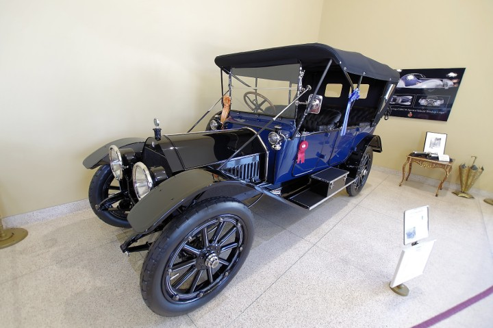 1913_chalmers_touring