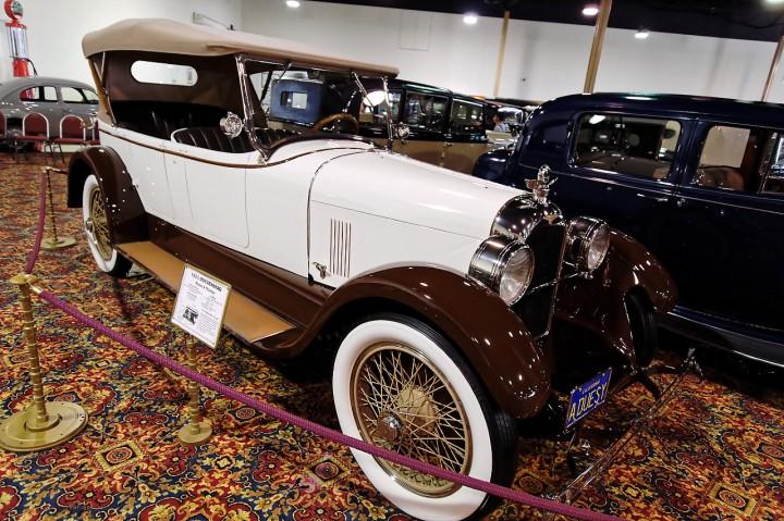 1923_dusenberg_modela