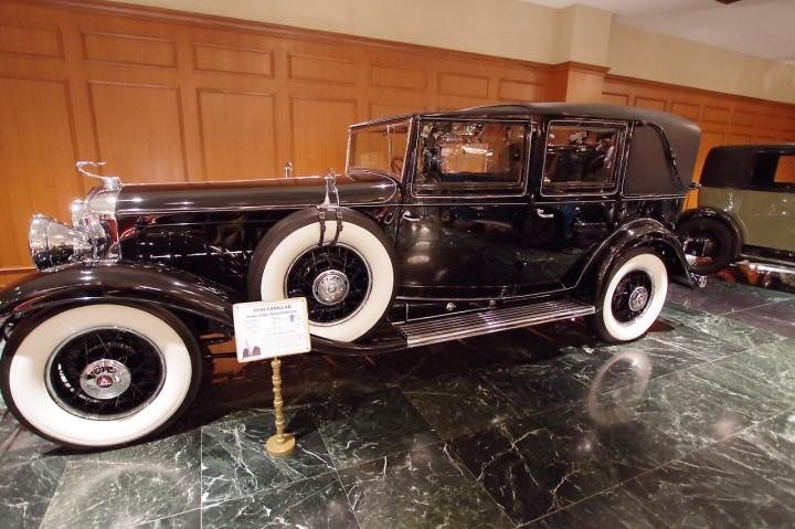 1930_cadillac_452a_towncar