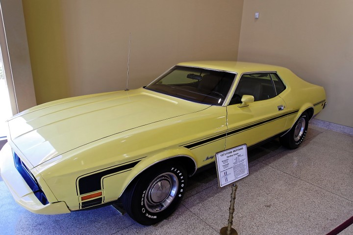 1973_ford_mustang
