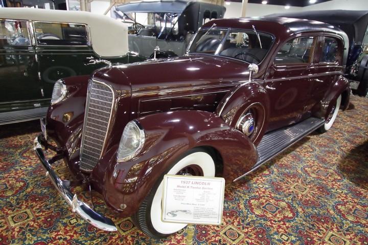 1937_Lincoln_ModelK