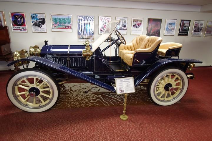 1909_Packard_Model30