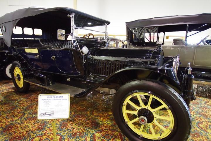 1915_Packard_5_48
