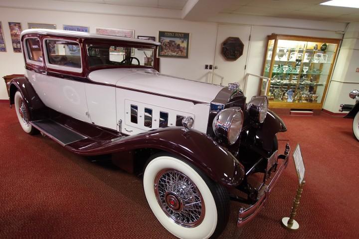 1930_Packard_734