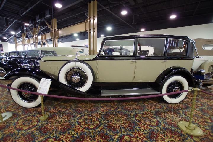 1930_Packard_745
