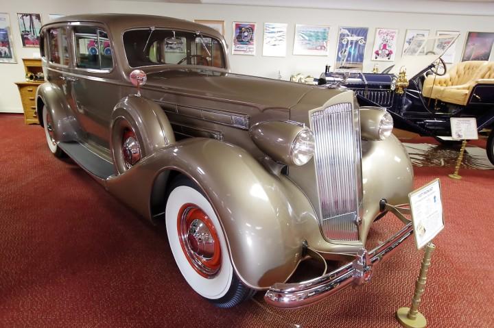1937_Packard_1507