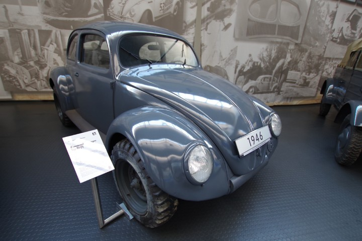 1946_VW_Beetle_Typ87