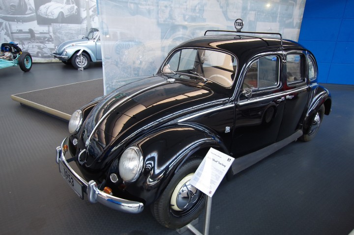 1953_VW_Beetle_Taxi