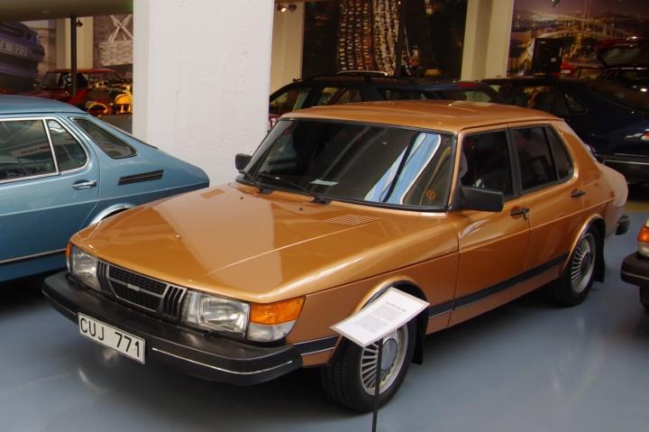 SAAB 900 - 1980