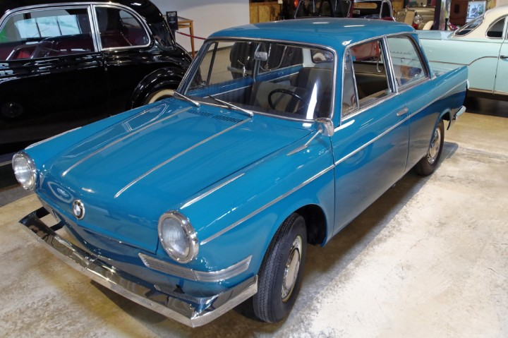 BMW_700