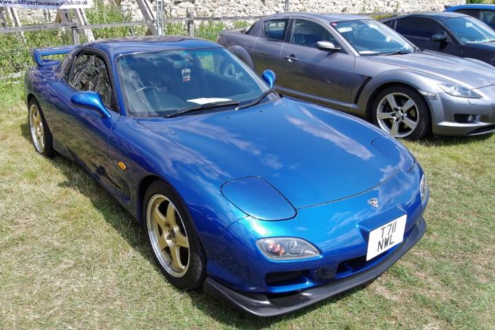 Mazda_RX7_2