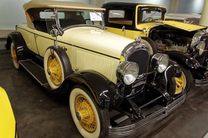 1928-Chrysler_72