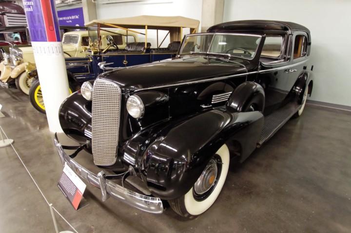 1937-Cadillac_37-85