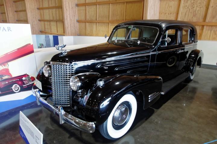 1938-Cadillac_Series90