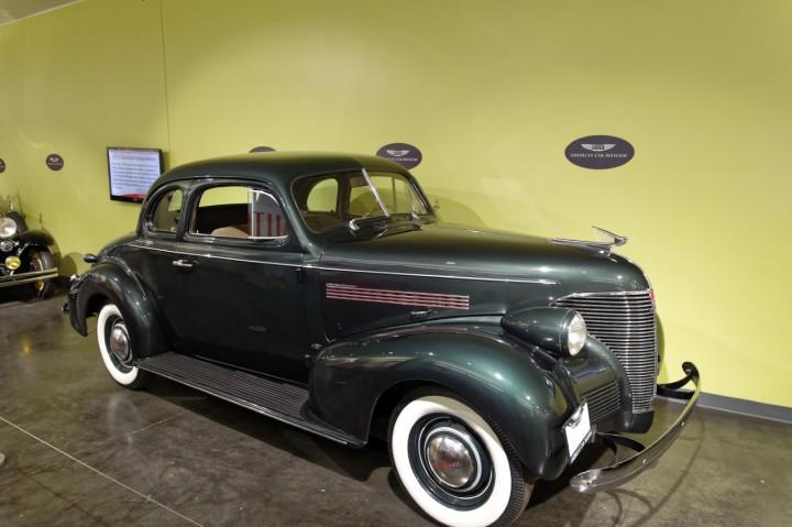 1939-Chevrolet_MasterDeluxe