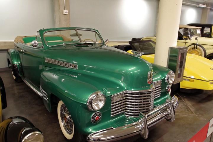 1941-Cadillac_Series63