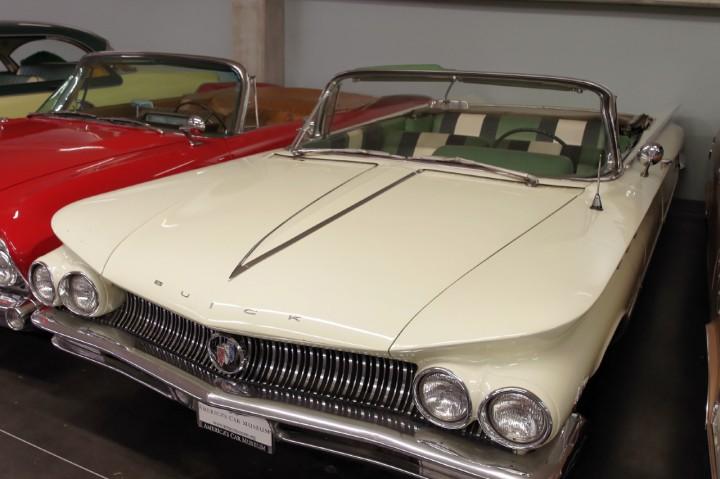 1960-Buick_LeSabre