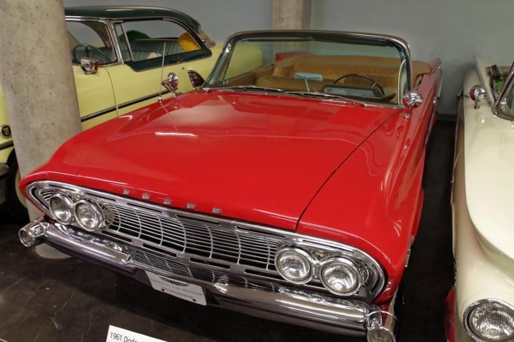 1961-Dodge_DartPhoenix