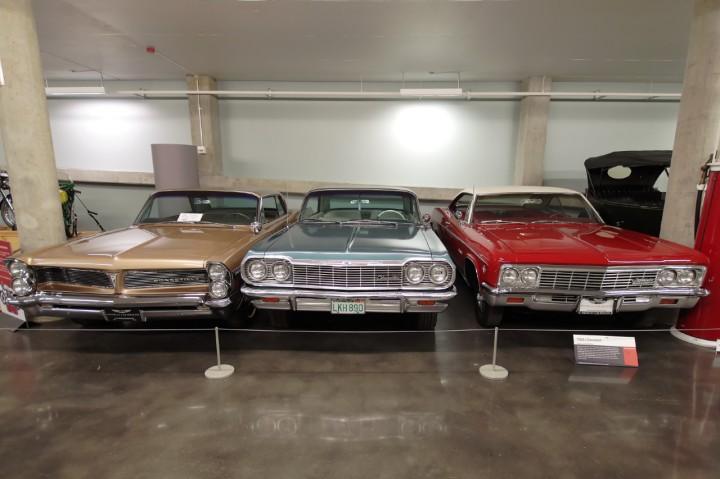 1966_1964_Chevrolets_Impala