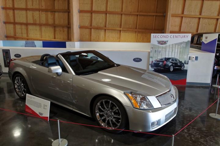 2008-Cadillac_XLRV