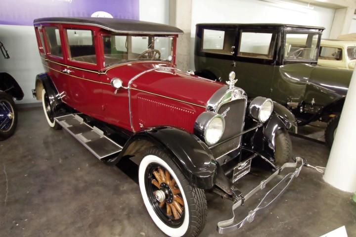 1928-Hupmbile_E4