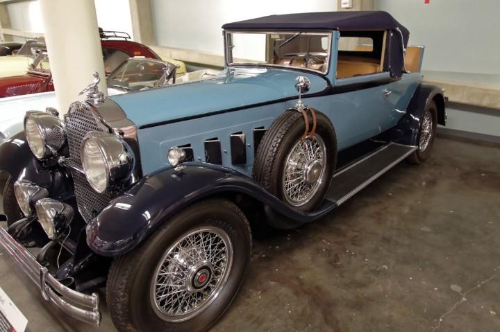 1930-Packard_740
