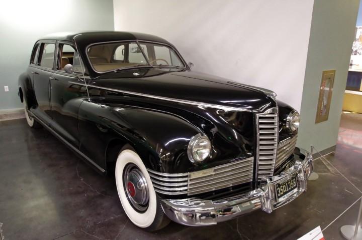 1946-Packard_Clipper