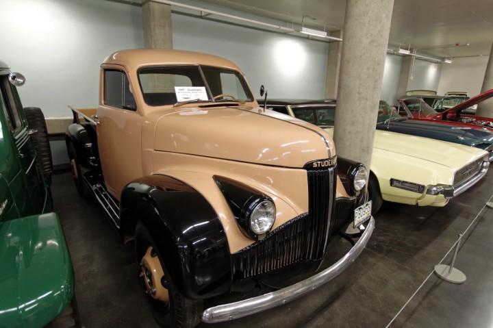 1947-Studebaker_M15