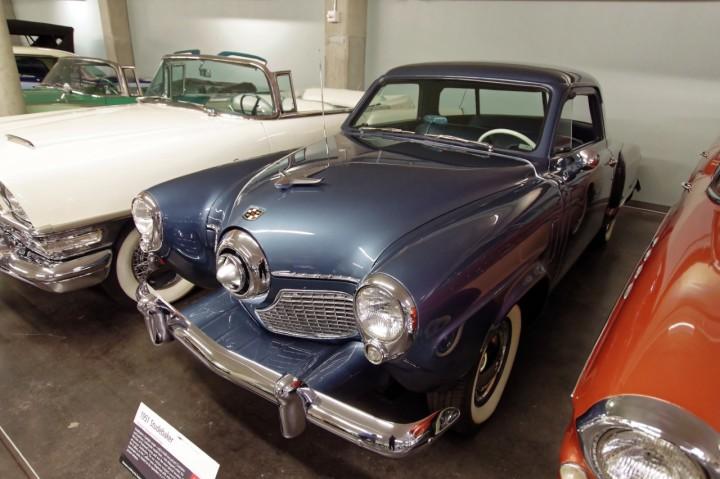 1951-Studebaker_Starlight_Champion
