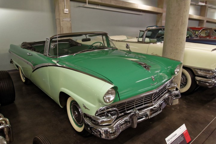 1956-Ford_Fairlane