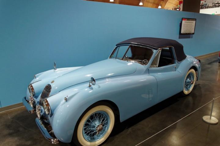 1957_Jaguar_XK140