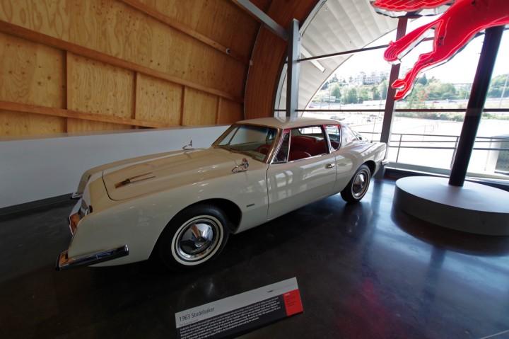 1963-Studebaker_Avanti