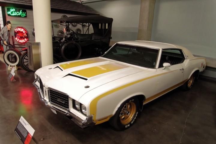 1972-Oldsmobile_Hurst