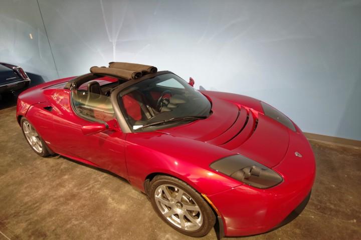 2008-Tesla_Roadster