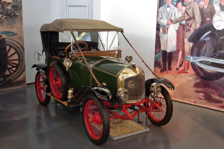 1916-LeZebre