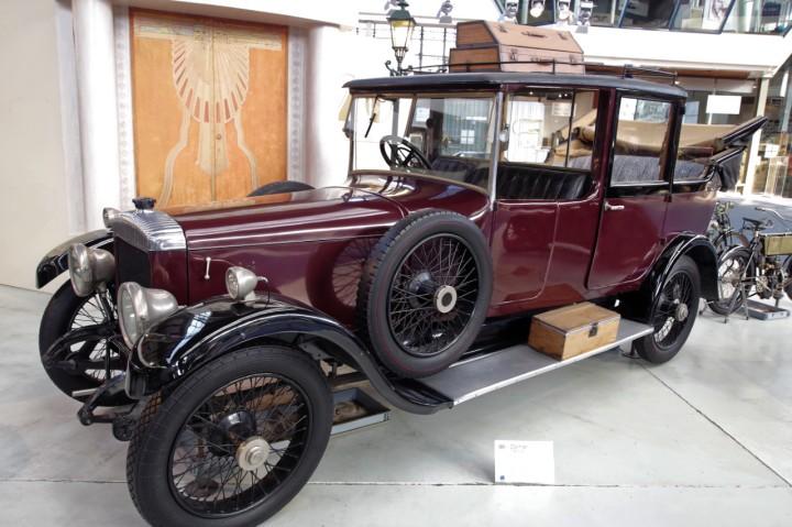 1922-Daimler_TS_6_30