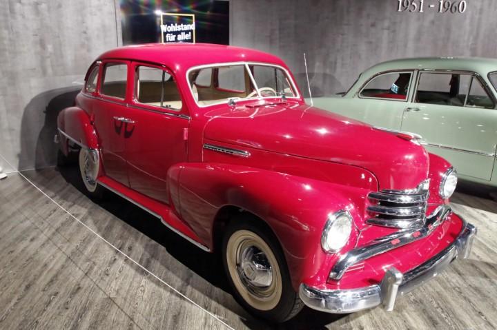 1951_Opel_Kapitan