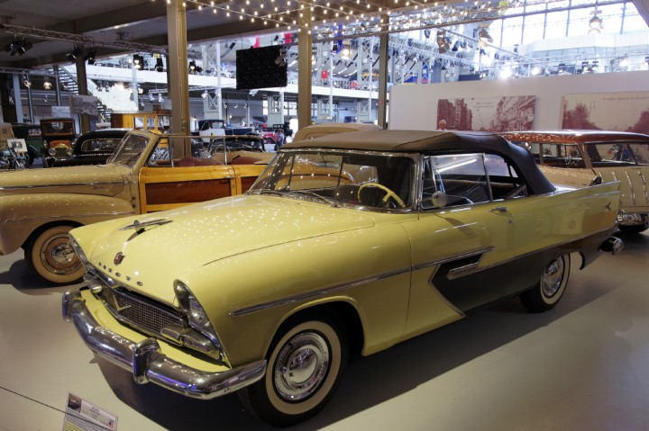 1956-DeSoto_Diplomat_Custom