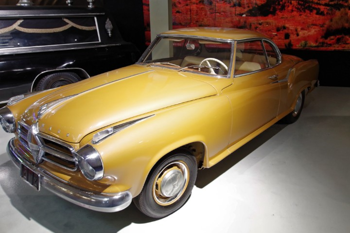 1957-Borgward_Isabella_Coupe