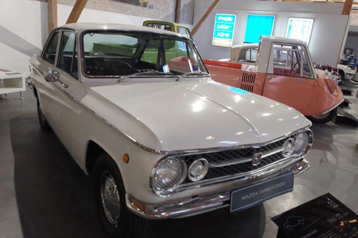 1966_Mazda_1000